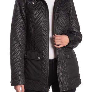 Via Spiga quilted chevron stitch coat size M